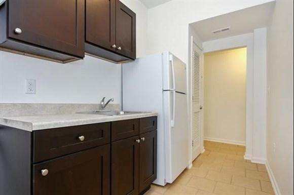 3407 Fairview Ave Apartments Baltimore Kitchen
