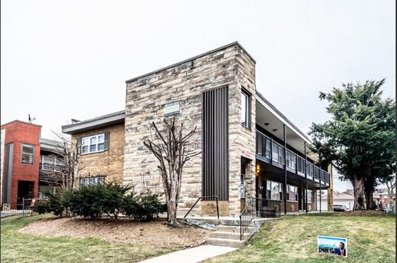 Austin Apartments for rent in Chicago | 5015 W Jackson Blvd