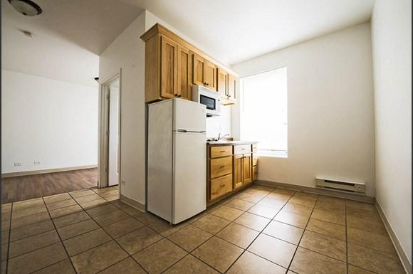 4114 W Washington Blvd Apartments Chicago Kitchen