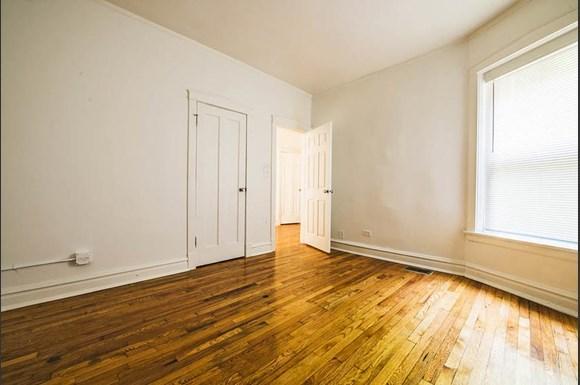 7236 S Yates Blvd  Apartments Chicago Bedroom