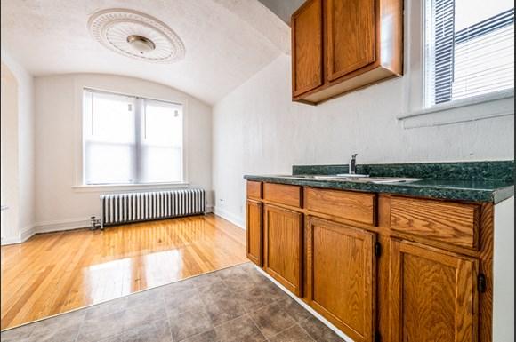 Brainerd Apartments for rent in Chicago | 8951 S Ada Kitchen