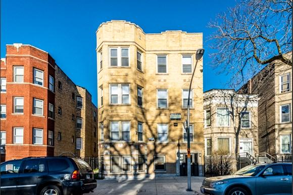 Exterior 1236 S Lawndale Ave Apartments in Chicago