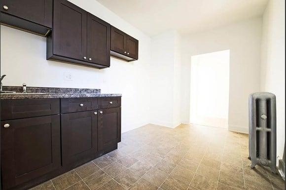 7800 S Morgan Apartments Chicago Kitchen
