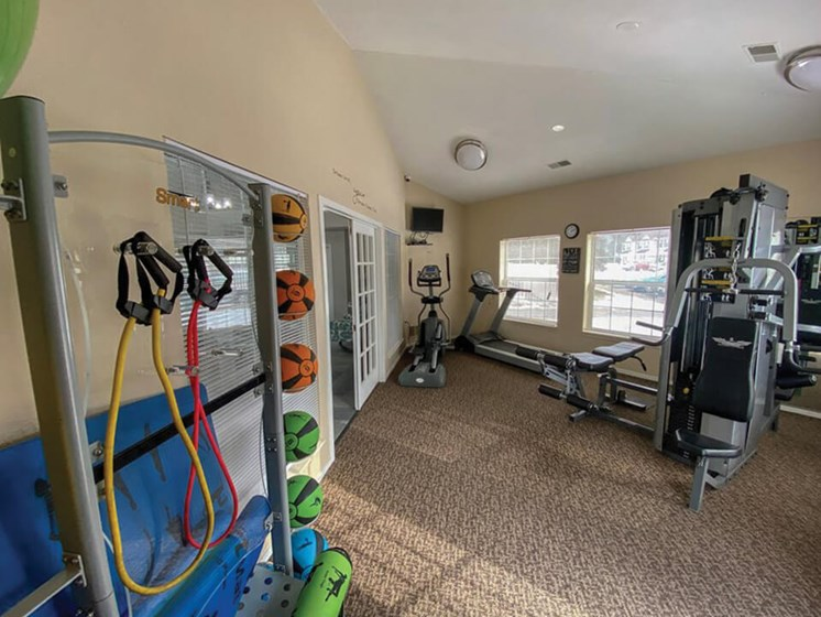 fitness center at Waterford Pines apartments