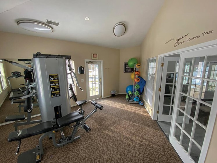 Waterford Pines apartments fitness center