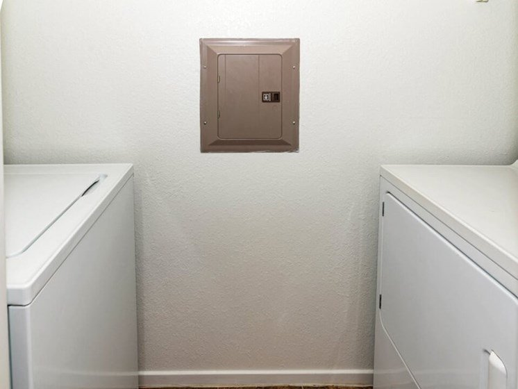waterford apts with washer/dryer in apartment