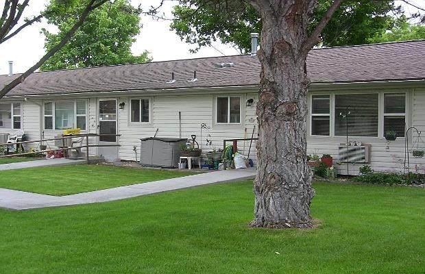 view of yard and units
