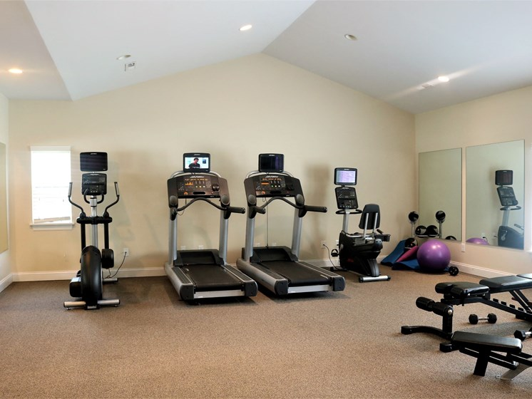 Clean Fitness Center at Blueberry Hill Apartments, Rochester, NY