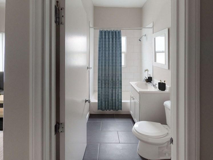 Luxurious Bathrooms at Barton Apartments, Los Angeles, CA, 90029