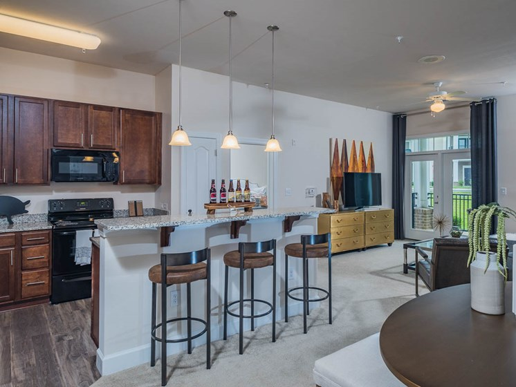 Fully Equipped Kitchen at Abberly Waterstone Apartment Homes by HHHunt, Stafford, VA, 22554