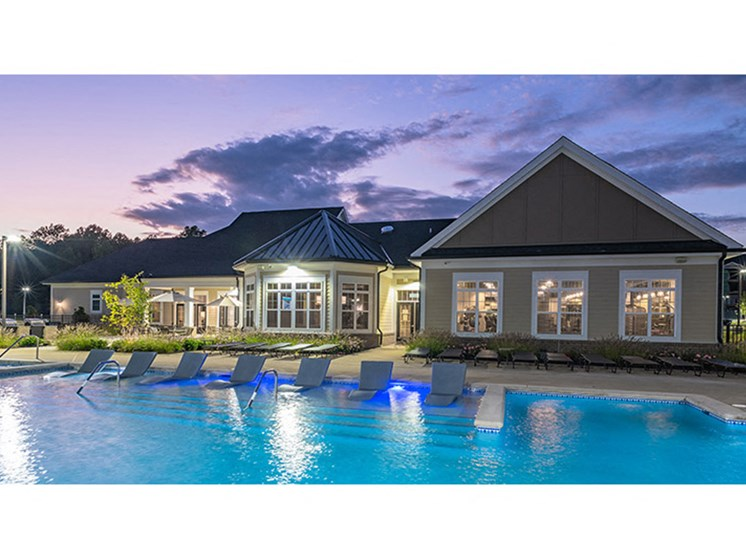 Swimming Pool And Sundeck at Abberly Waterstone Apartment Homes by HHHunt, Stafford, 22554
