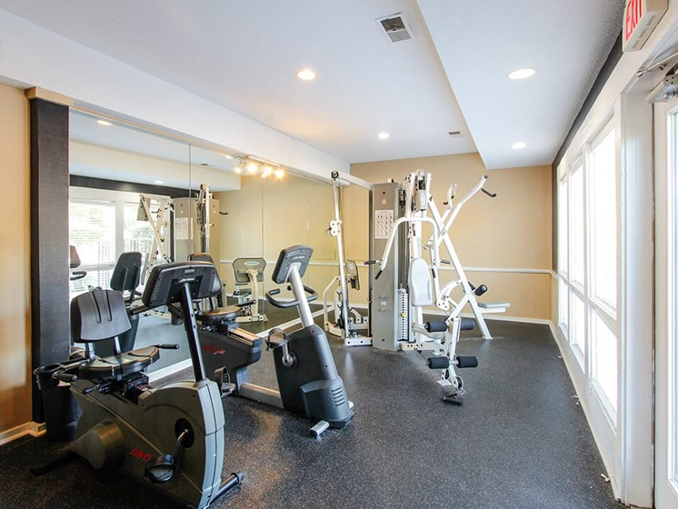 fitness center at Woodhollow Apartments