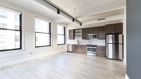 Area in front of kitchen  at 35W, Michigan, 48226
