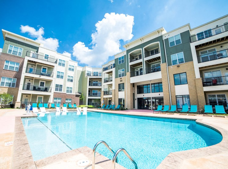 Shimmering Pool Mosaic at Levis Commons Apartments in Perrysburg, OH near Toledo
