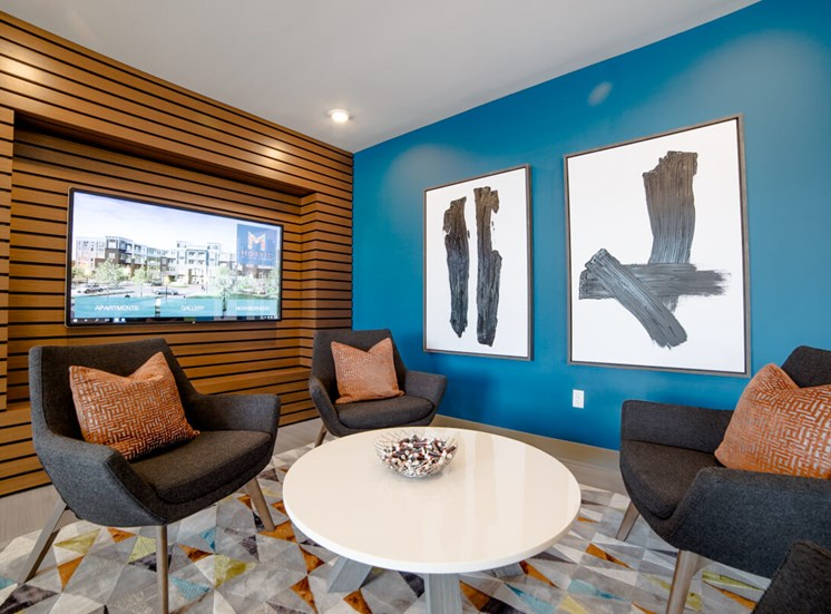 Lobby Seating at Mosaic at Levis Commons Apartments in Perrysburg, OH near Toledo