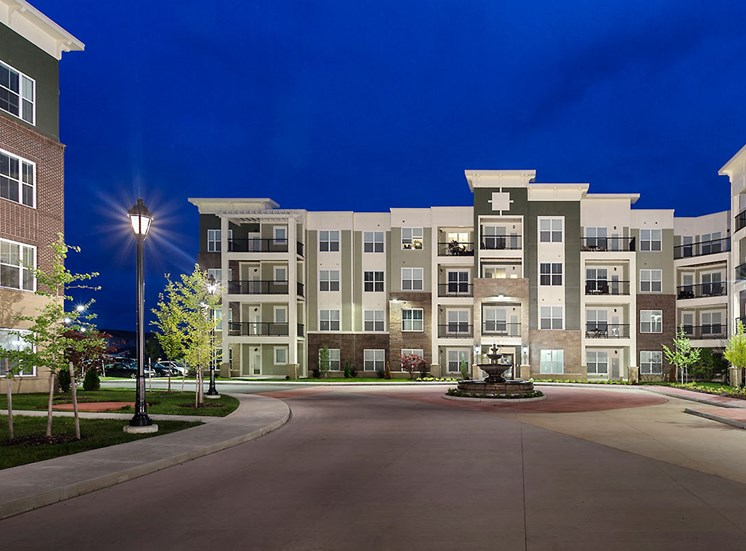 Street View of the Mosaic at Levis Commons Apartments in Perrysburg, OH near Toledo