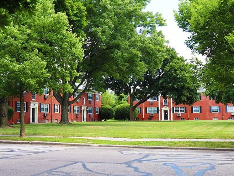 apartment community in Toledo