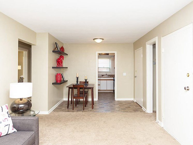 open apartment floor plan in Toledo