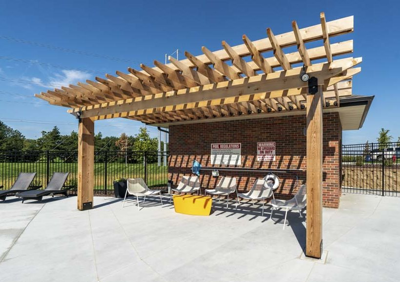 Pool-side pergola at The Villas at Mahoney Park townhomes in north Lincoln NE 68507