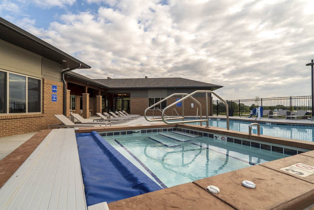 Hot tub and swimming pool at 360 at Jordan West best new apartments West Des Moines IA 50266