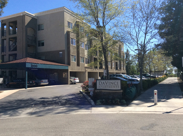 Entrance  l Davinci Apartments
