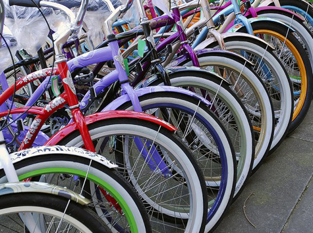row of bikes  l Davinci Apartments