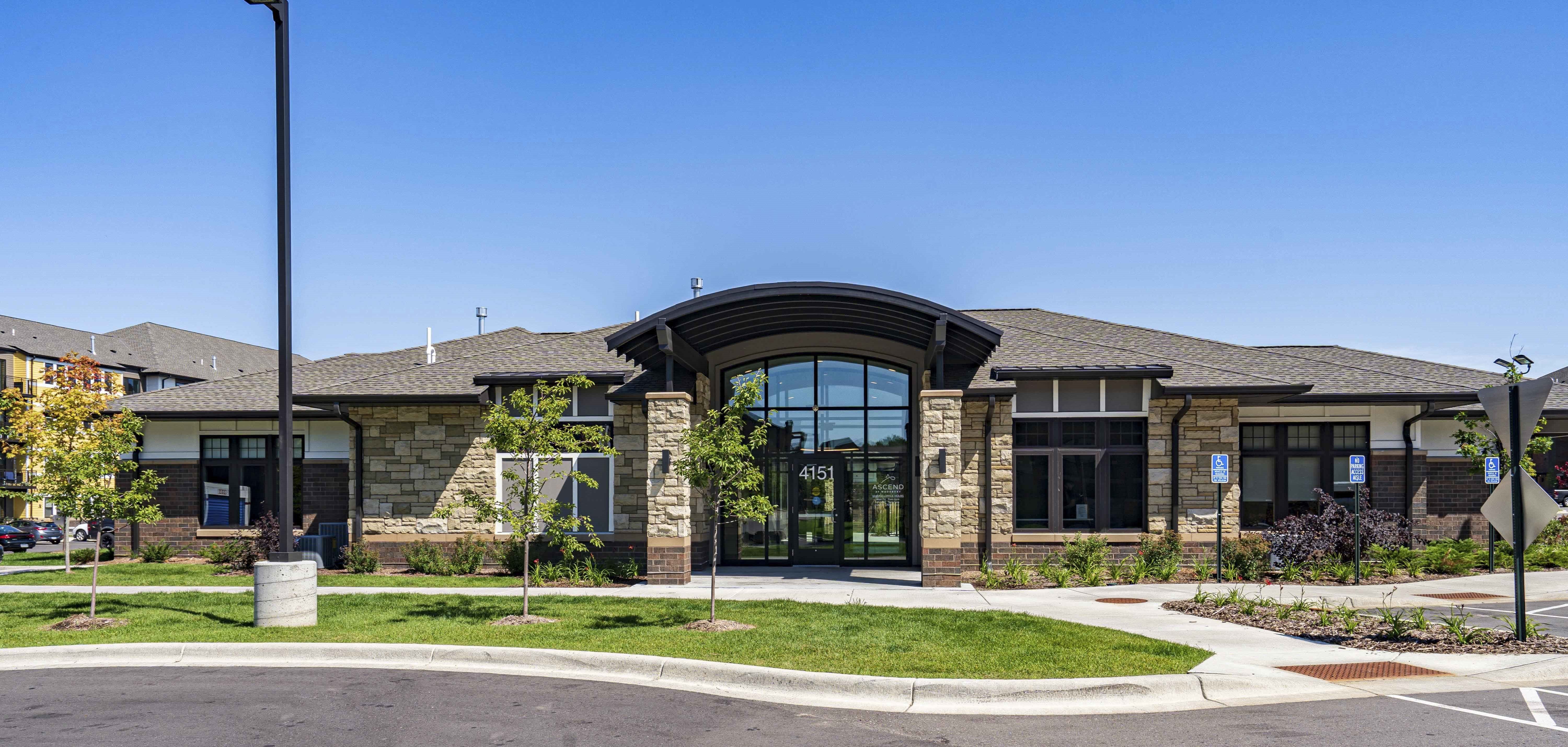Ascend at Woodbury new luxury apartments for rent in south Woodbury, MN,