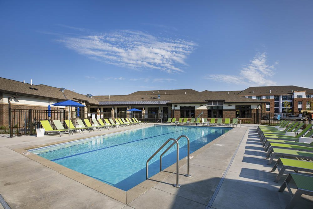 Relaxing pool Ascend at Woodbury new luxury apartments in south Woodbury, MN, for rent