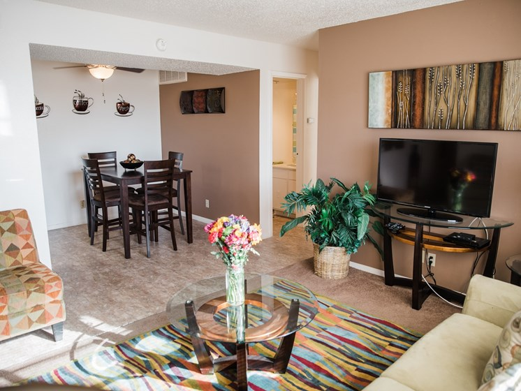 Luxury Spaces at Cantera Apartments, 1501 Lomaland, 79935