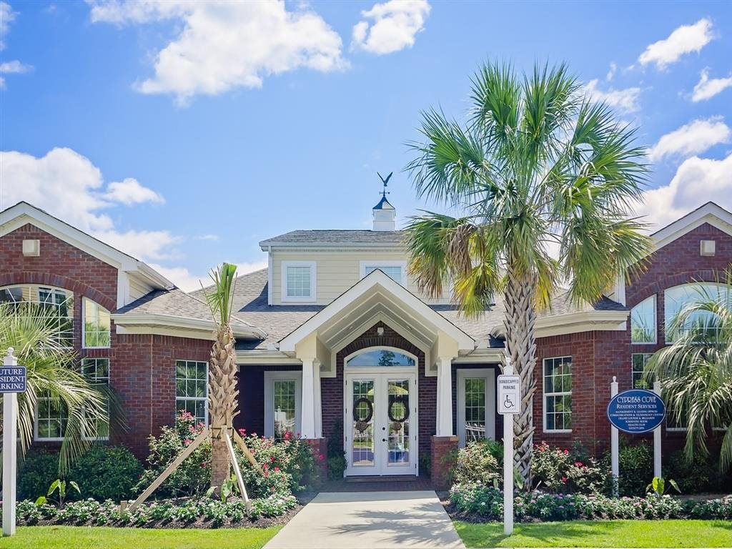 Cypress Cove Apartment Home Community