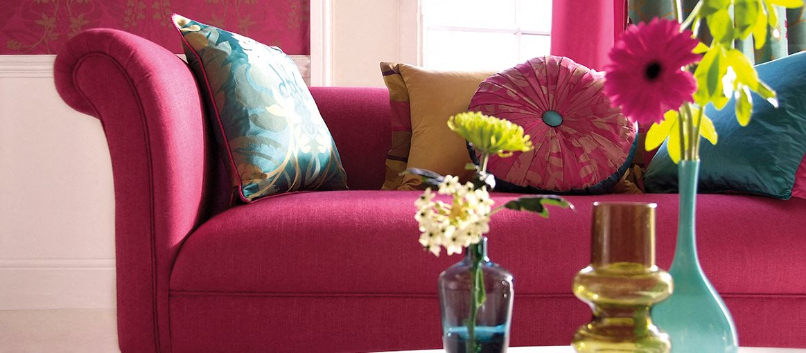 Pink sofa at Glenmeade Village in Wilmington NC