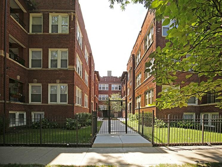 Bernard Chicago Apartments Albany Park Home Rental central air