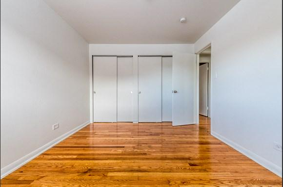14110 S Atlantic Ave Apartments Chicago Bedroom