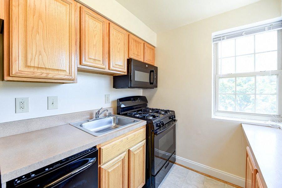 Shipley-Park-Apartments-Kitchen