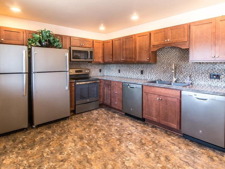 Clubhouse kitchen at Fox Hill Glens apartments
