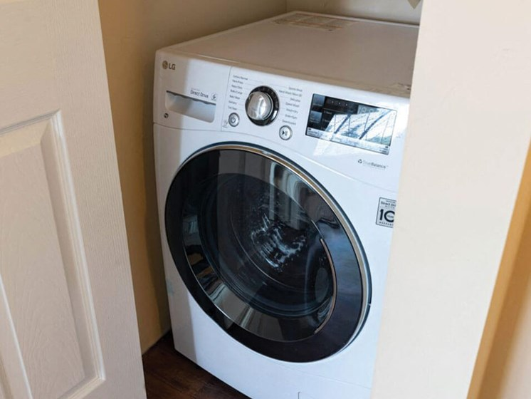 In Unit Washer/Dryer at Fox Hill Glens apts