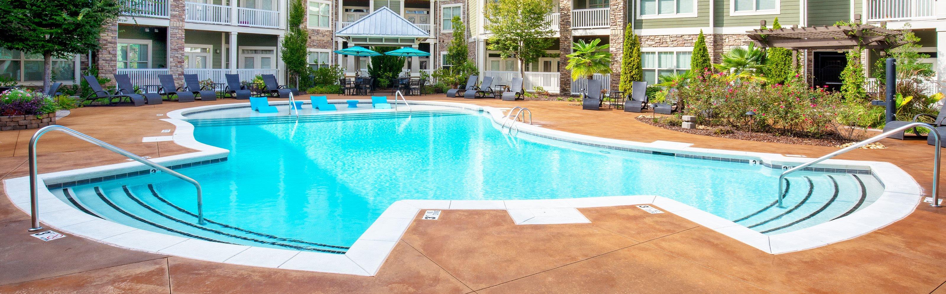 Parc at Grandview pool area