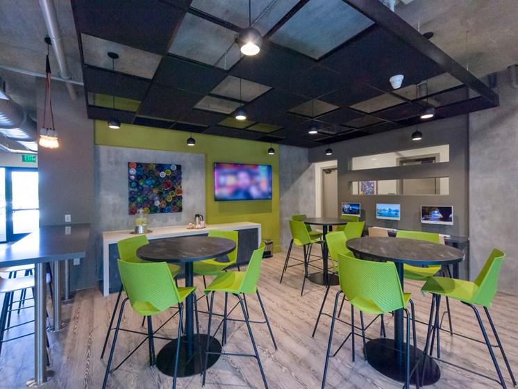 Lofts at Monroe Apartments | Jacksonville, FL | Internet Cafe