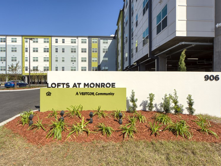 Lofts at Monroe Apartments | Jacksonville, FL