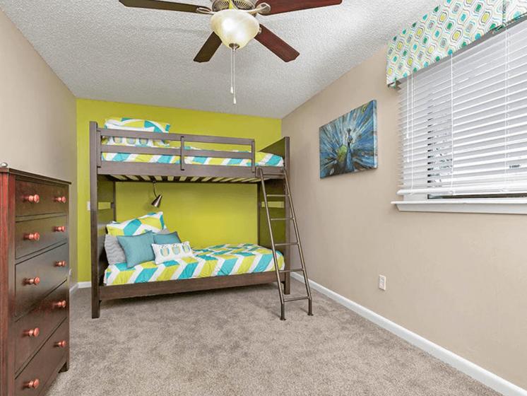 apartment bedroom in Wichita
