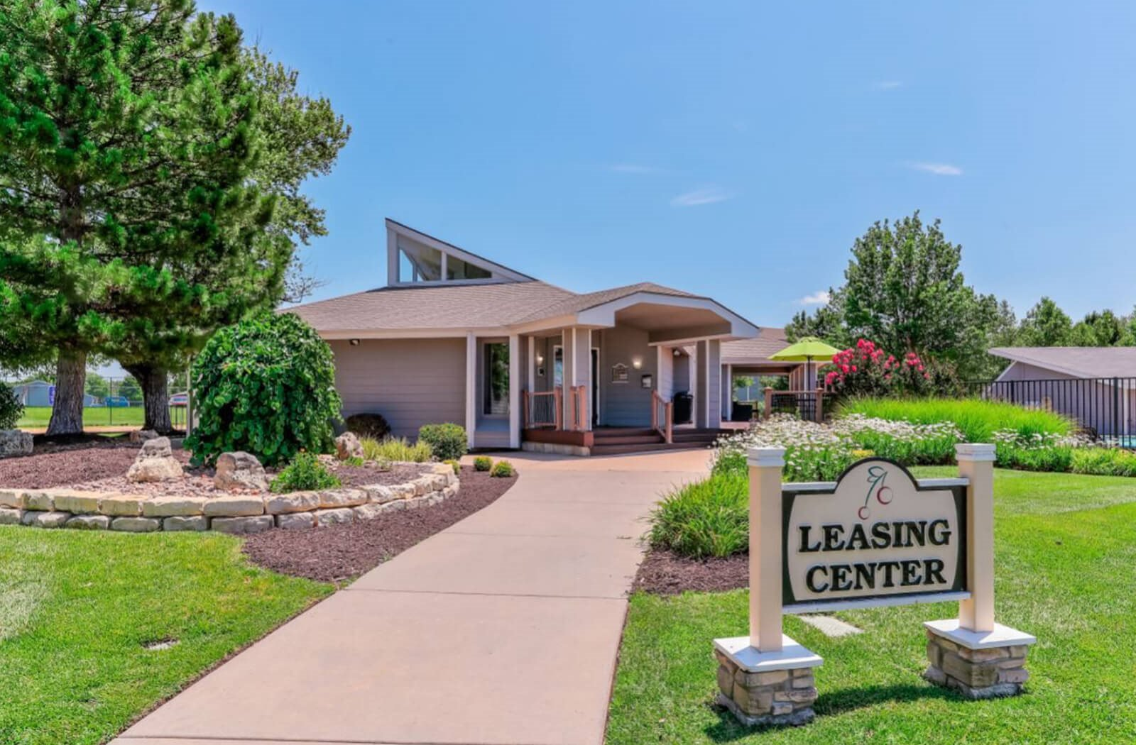 The Club at Cherry Hills Apartments in East Wichita, KS