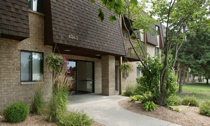 gentry apartments exterior entrance