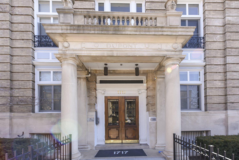 Dupont-Apartments-Front-Door