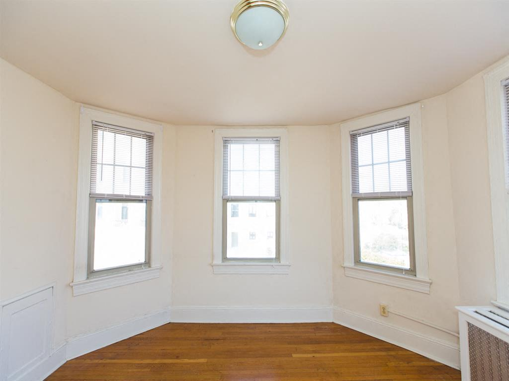 The-Foreland-Living-Space-Windows