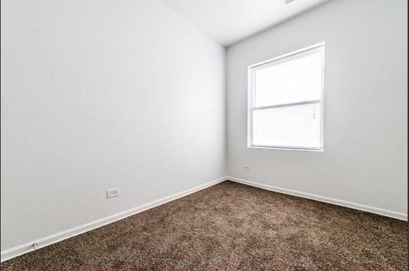 South Austin Apartments for rent in Chicago   5201 W Washington Blvd Bedroom