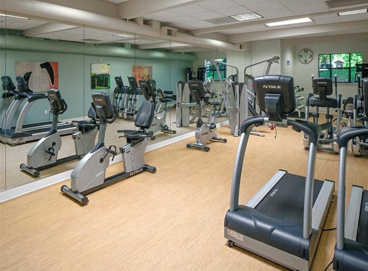 Professional Grade Fitness Center at Parkridge Apartments, Lake Oswego, OR 97035
