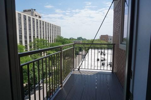 Private Patio Chicago Apartments