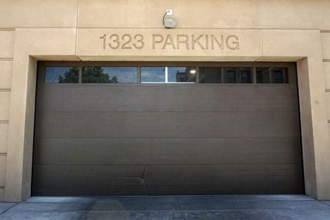 Chicago Apartments with underground parking