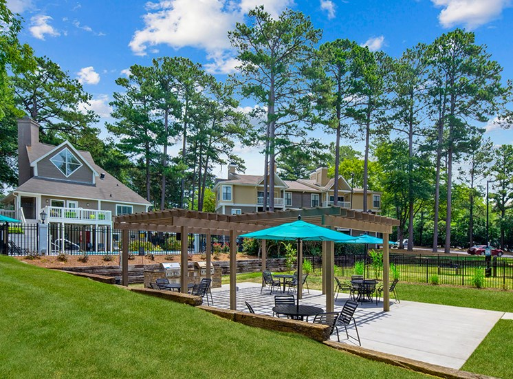Grills at Sommerset Place Apartments in Raleigh NC