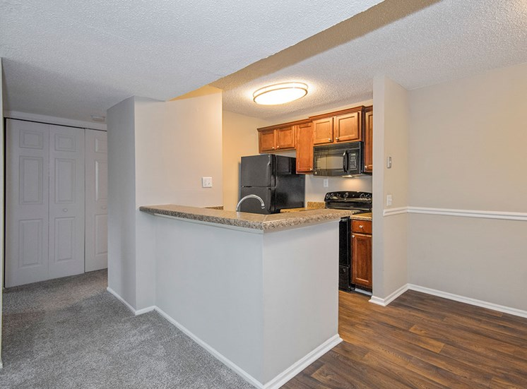 kitchen at Sommerset Place Apartments